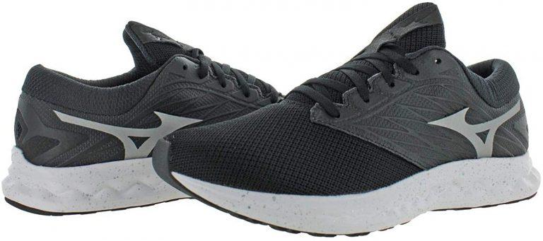خرید کفش ورزشی از ویتنام