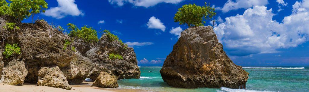 ساحل رویایی بینگین از جاذبه های اولوواتو بالی