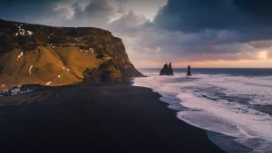 ساحل vik ایسلند از جمله سواحل سیاه رنگ دنیا