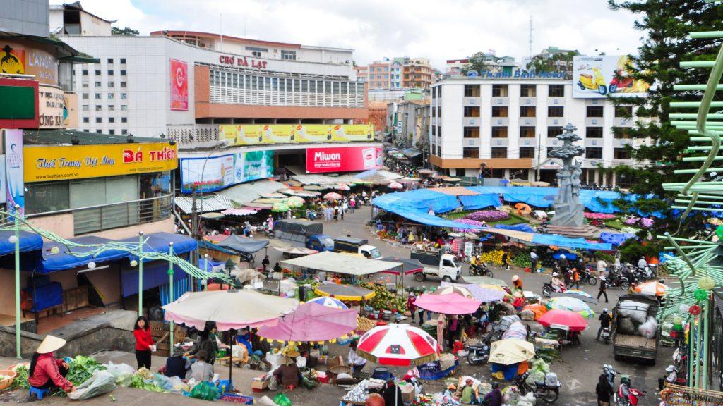 بازار دالات در فروشگاه های دالات ویتنام