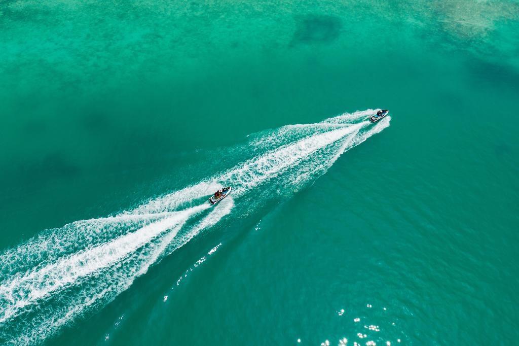 تفریحات آبی بخشی از تور بالی مالدیو