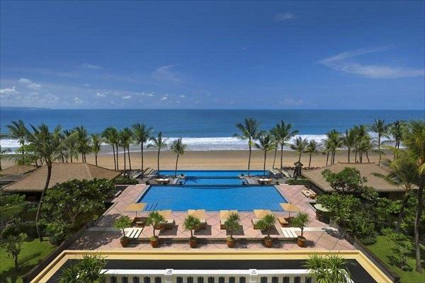 هتل لگیان بالی یکی از زیباتری هتلهای ساحلی بالی
