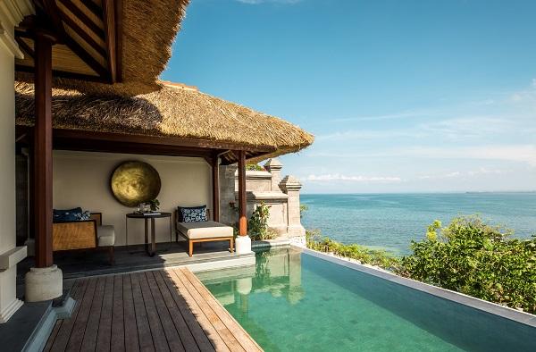 نمایی از هتل four season در هتلهای ساحلی بالی