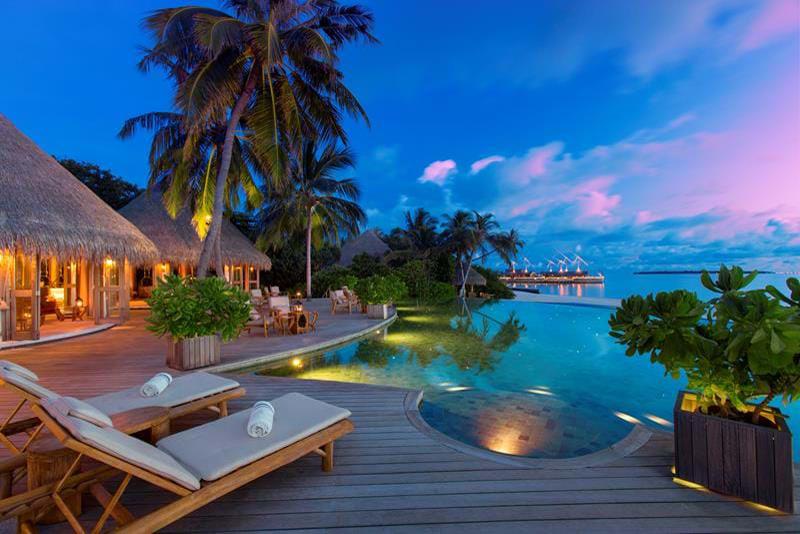 هتلی زیبا در یکی از جزایر تور مالدیو