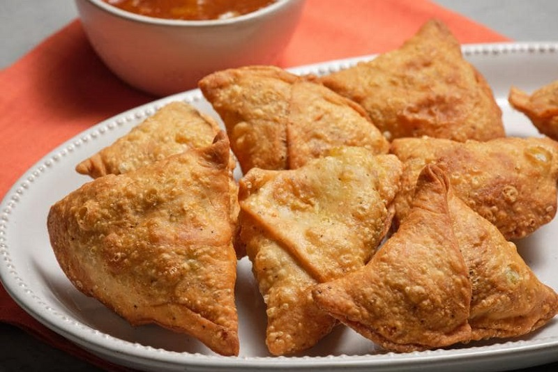 samosas یکی از بهترین غذاهای سریلانکا
