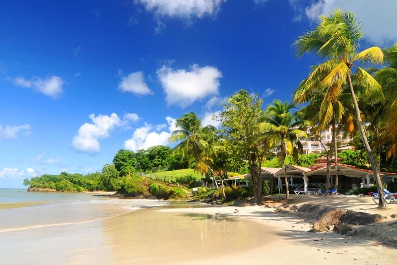 سواحل زیبای مالدیو در فصل سفر به مالدیو