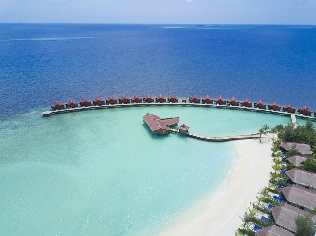 زیبایی هتل در یکی از جزایر در تور بالی مالدیو
